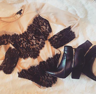 Body crush, leggings, ankle boots