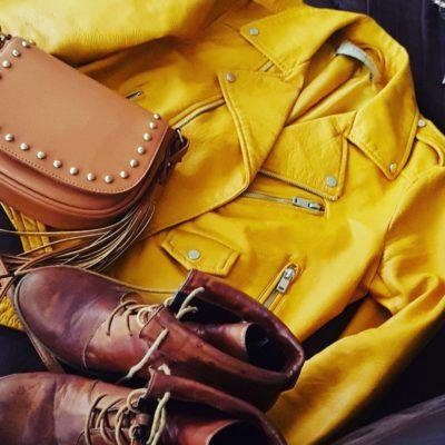 Yellow jacket, estilo piel con cierres