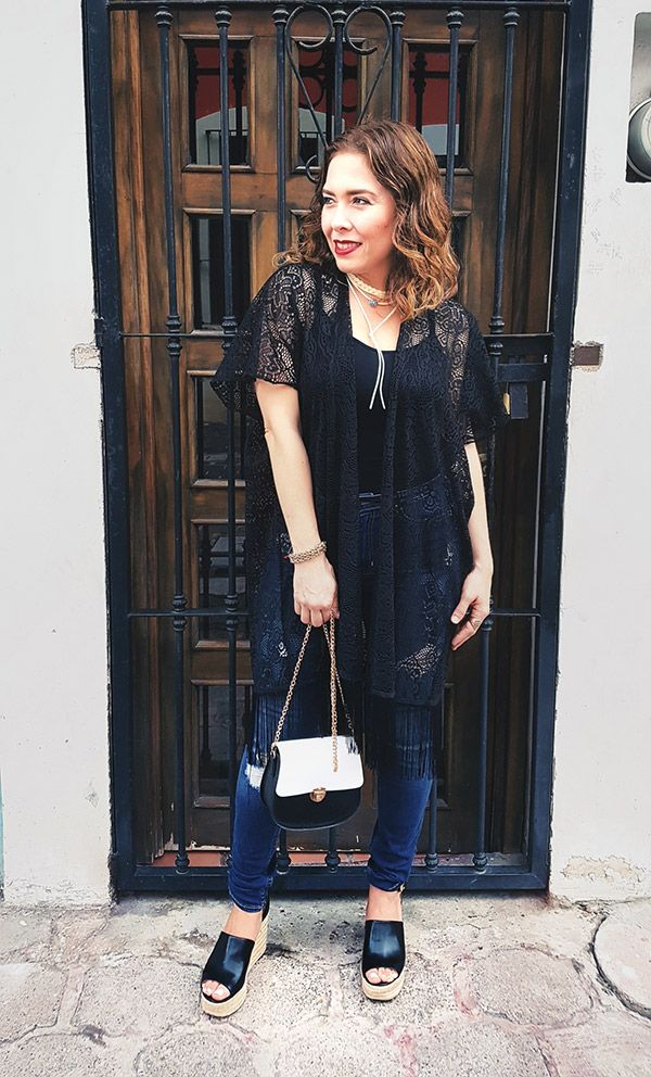 Kimono style in black, Guess Wedges and Hollister Denim, H&M Chocker