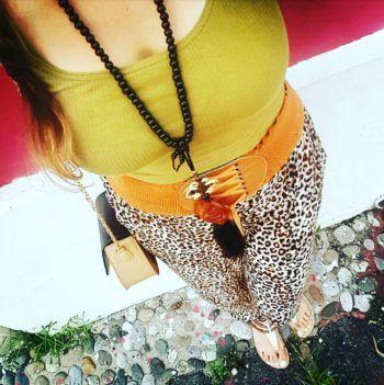 Outfit Animal print verano colores tierra