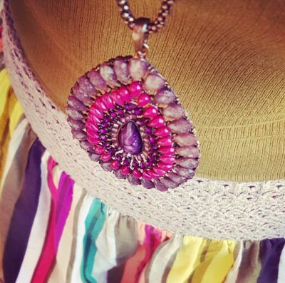 Color me...accesories vibes