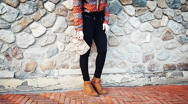 Silk blouse, Leggins, Ankle boots and YSL clutch